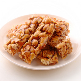Whole Groundnut Chikki